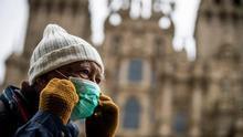 Los informes de la Xunta advierten que la entrada de turistas puede multiplicar la posibilidad de nuevas infecciones