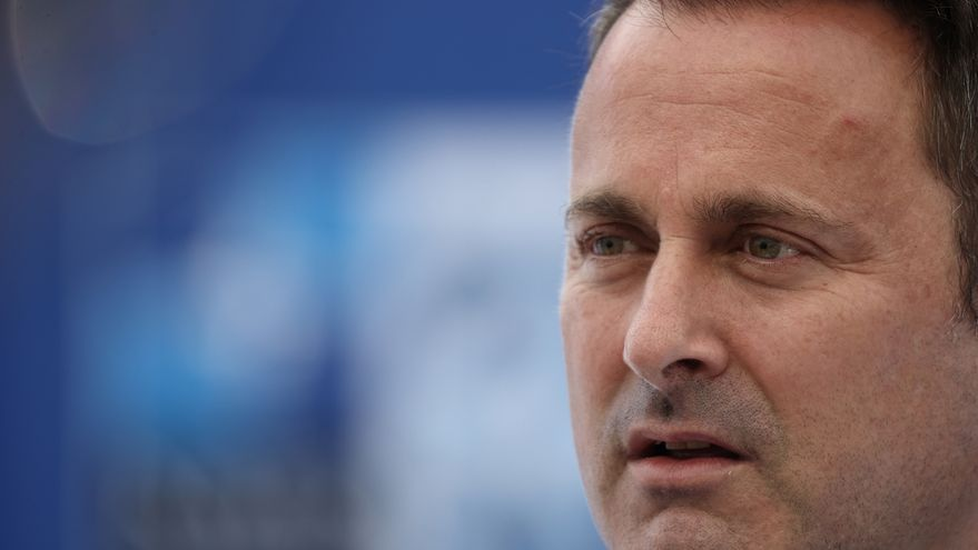 El primer ministro luxemburgués, positivo por COVID tras participar en cumbre