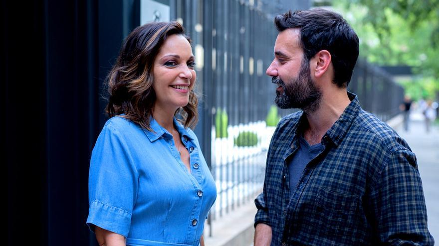 Cristina Plazas y Miquel Fernández, en el rodaje de 'El Nudo'