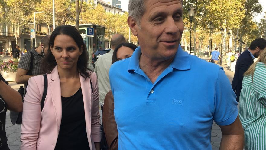 "Alberto Fernández (PP) reitera a Puigdemont que vuelva a la ""sensatez y a la ley"""