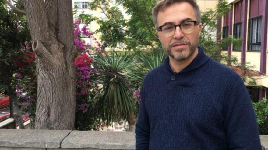 Rafael-José Díaz, poeta, narrador, ensayista y traductor tinerfeño, en una imagen de archivo