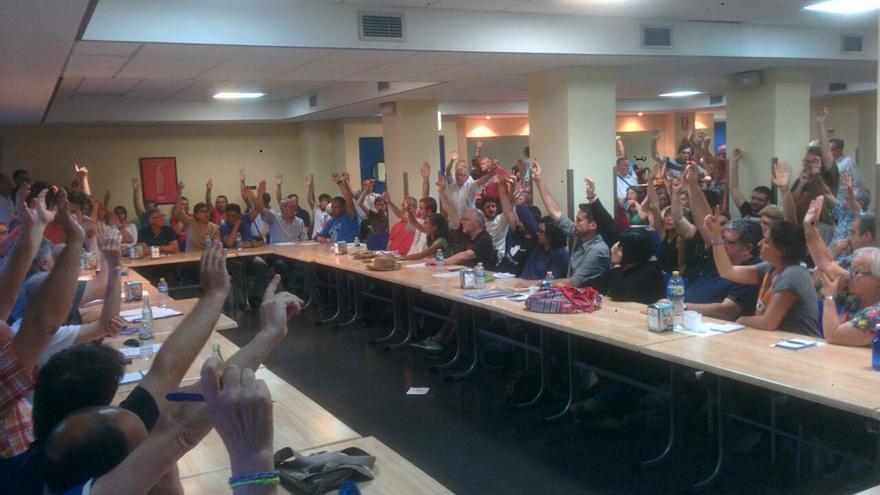 València en Comú ha aprobado por abrumadora mayoría el apoyo a Joan Ribó
