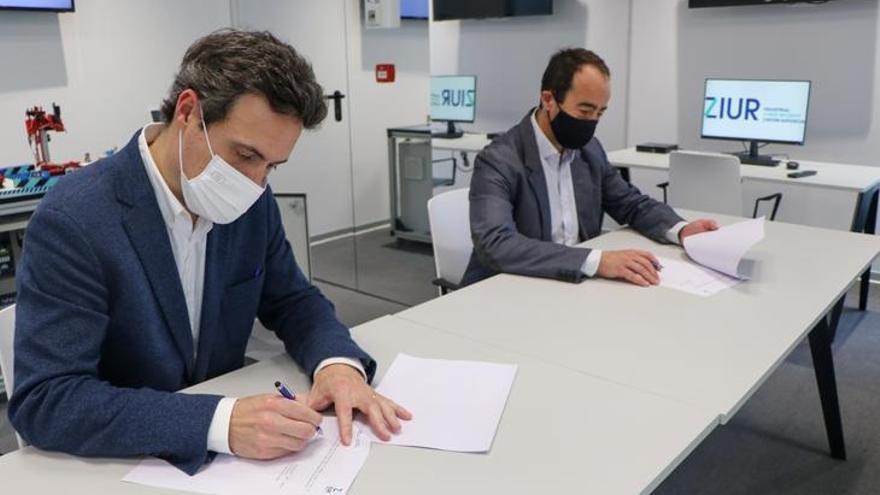 Firma del acuerdo.