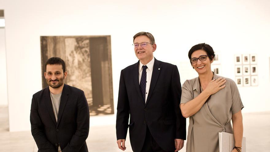 Vicent Marzà, Ximo Puig y la responsable de Bombas Gens,Nuria Enguita, en la inauguración del recinto.