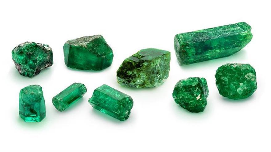 Quedan sin adjudicar piezas claves de importante colección de esmeraldas