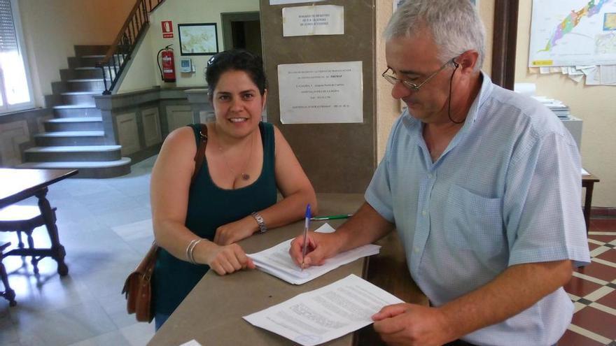 Rosa Priego presenta alegaciones a planes de cuenca / Foto: IU