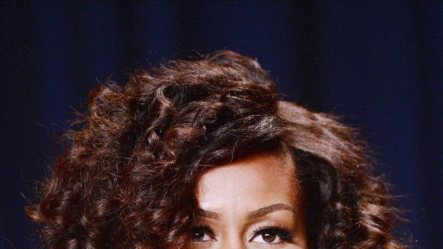 "Michelle Obama enfrentó ""preguntas diferentes"" por ser la primera dama negra"