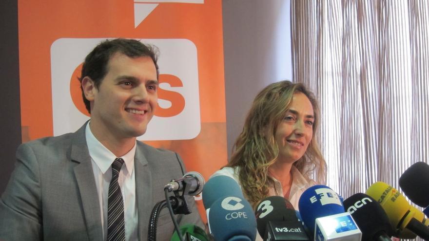 Albert Rivera junto a la eurodiputada Carolina Punset