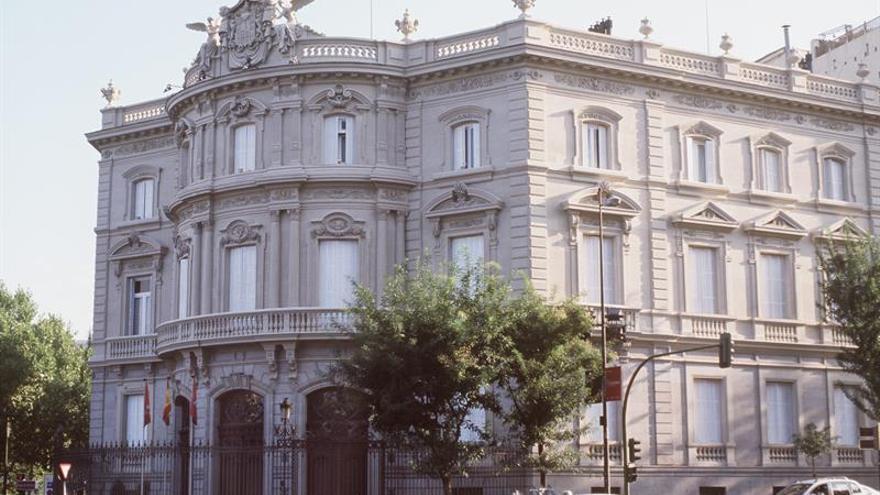 Los retratos de los Marqueses de Linares vuelven a su palacio