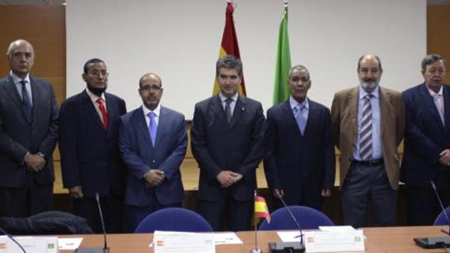 España y Mauritania analizan la lucha antiterrorista y la inmigración ilegal