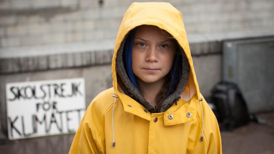 Greta Thunberg a las puertas del Parlamento Sueco.   Wikimedia Commons