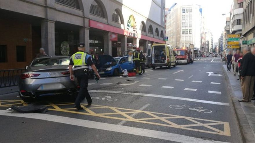 Accidente en la calle León y Castillo.