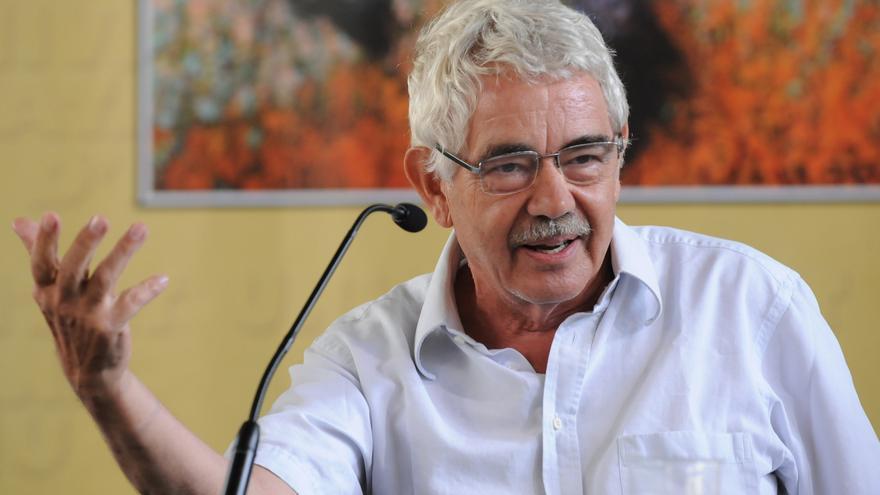 Unos 300 amigos y compañeros homenajean a Pasqual Maragall en una jornada festiva
