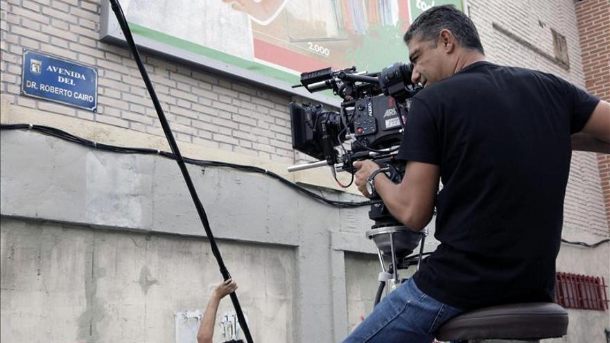 """""""Cuéntame cómo pasó"""" vuelve al plató con un homenaje al actor Roberto Cairo"""