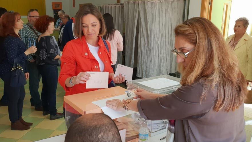 """Ambrosio pide que se vote """"mirando al futuro"""" y a la """"consolidación del estado democrático"""""""