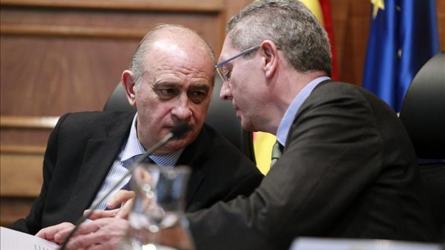 Gallardón dice que encargar al fiscal la instrucción no supondrá intervención política