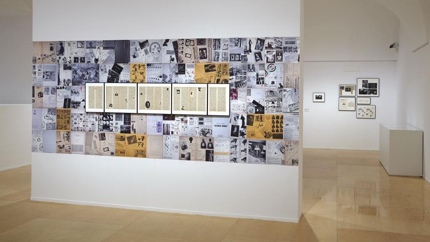 Exposición de Ulises Carrión en el Museo Nacional Centro de Arte Reina Sofía