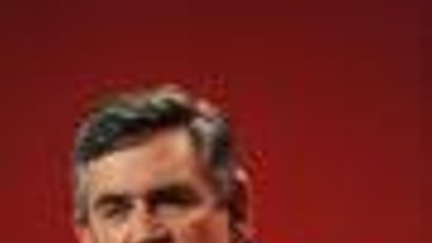 Brown, dispuesto a devolver las competencias de Policía y Justicia a Irlanda del Norte