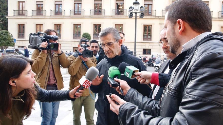 El Arzobispado pide permiso a la Audiencia para seguir con el proceso canónico del padre Román