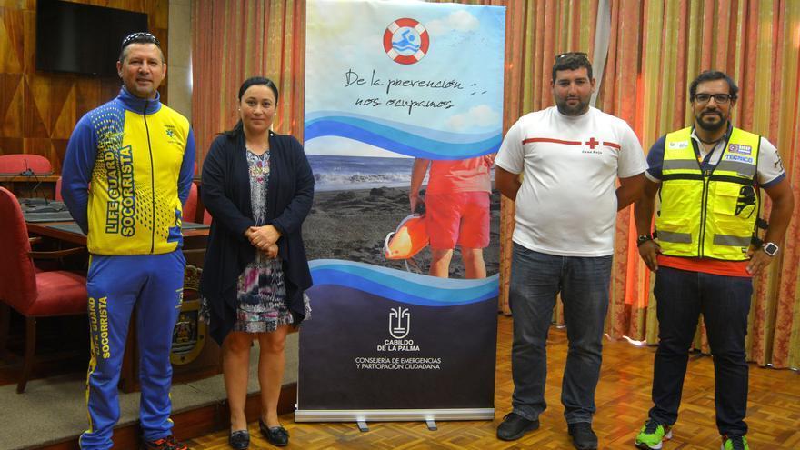 Carmen Brito se reunió con los socorristas.