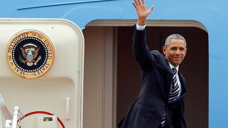 La Casa Blanca defiende el uso del avión presidencial en un acto de campaña de Obama