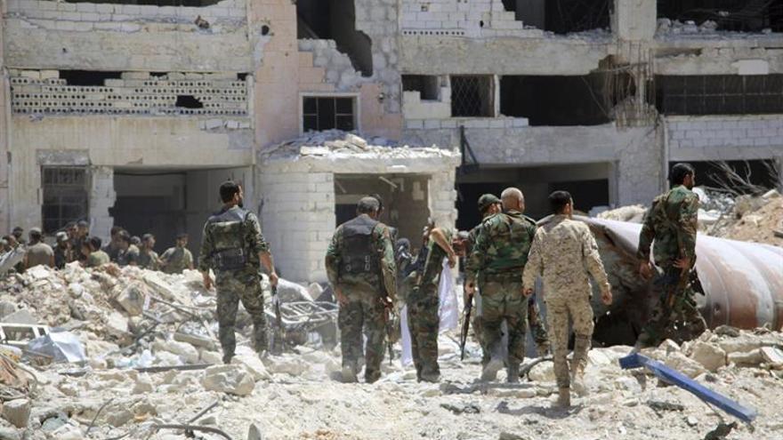 Facciones rebeldes impiden la salida de civiles del este de Alepo, según una ONG