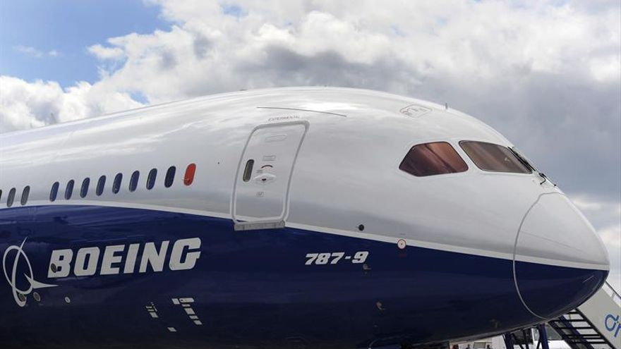 Emirates encarga 40 Boeing 787 por 15.100 millones de dólares