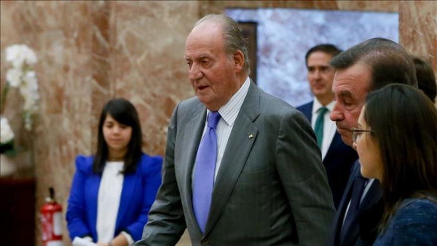 Don Juan Carlos: De Príncipe a padre del Rey