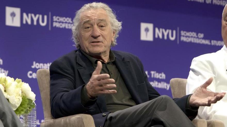De Niro denuncia a empleada por dedicar muchas horas de trabajo a ver Netflix