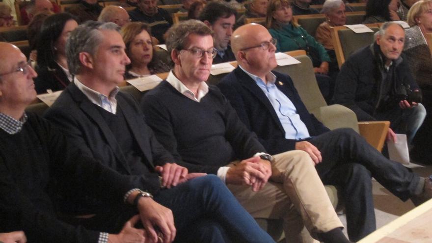 """Feijóo apela a la """"experiencia y trayectoria"""" del PP para pedir el voto en su primer acto de campaña con Baltar"""