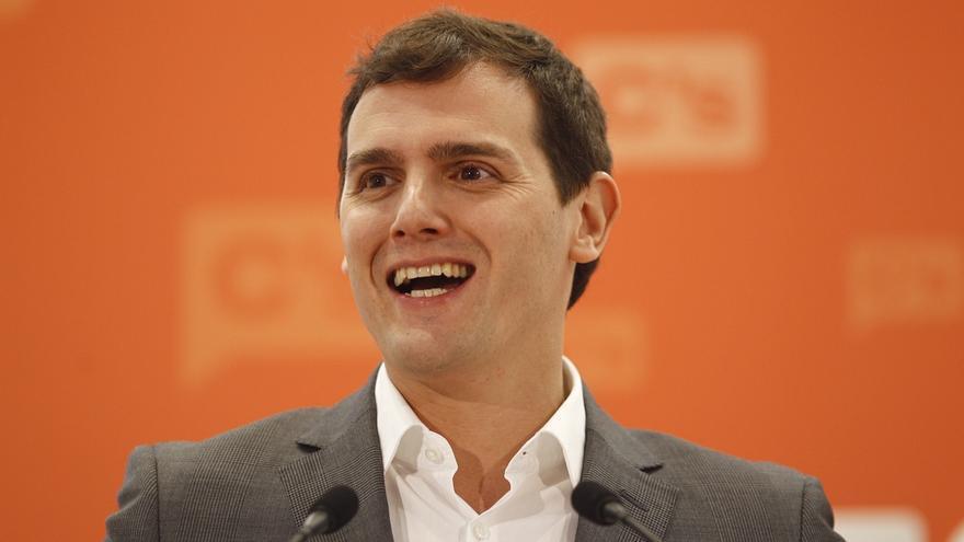 """Rivera pide que el diputado Daniel Ortiz dimita y así """"la sospecha del pasado del PP"""" no afecte al Gobierno de Madrid"""