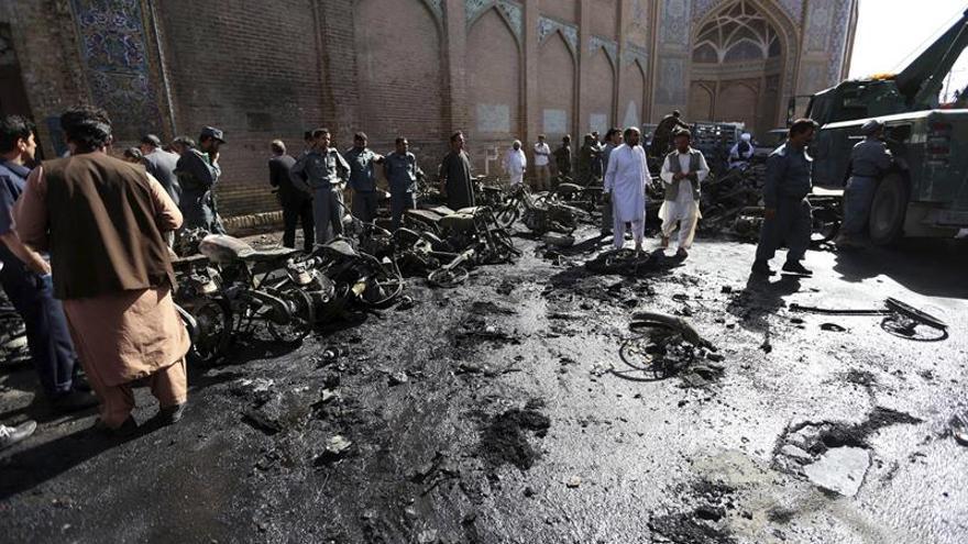 Al menos 4 muertos y 14 heridos en una explosión en un mercado de Afganistán