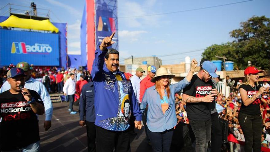 Maduro cierra la campaña electoral con promesa de resolver crisis económica
