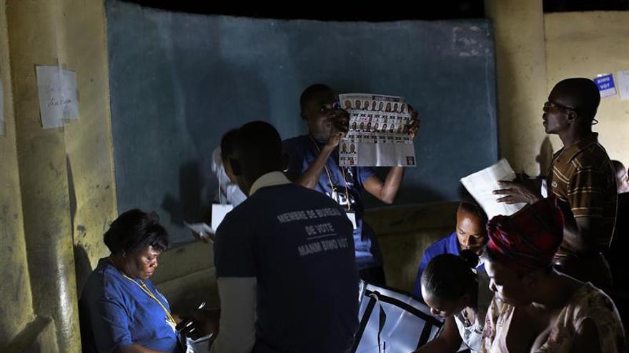 Haití prosigue el recuento de votos un día después de los comicios