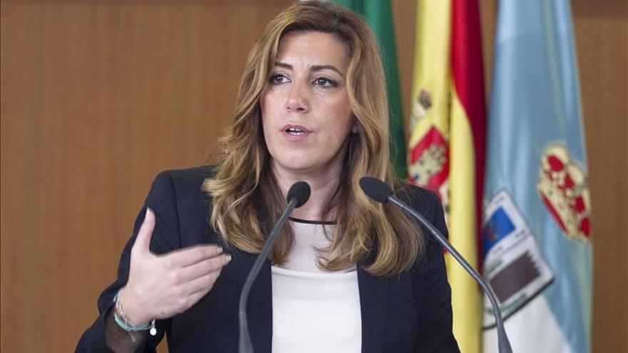 "Susana Díaz asegura que el único tren que va a coger ""es el de Andalucía"""