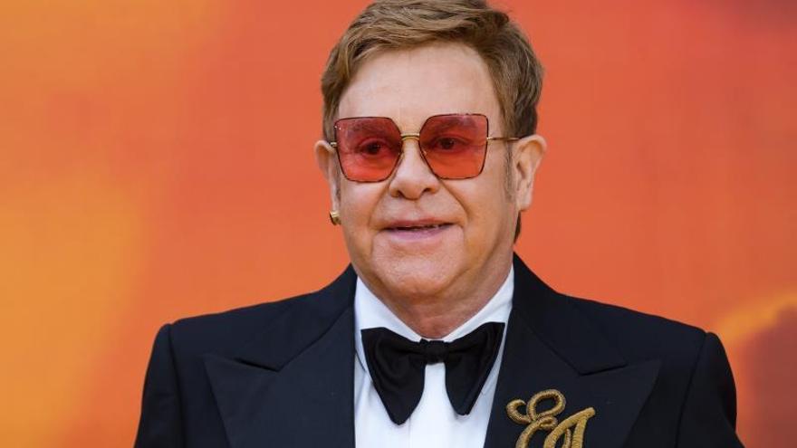El cantante Elton John.
