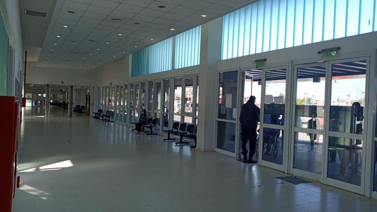 Pasillo vacíos en los hospitales públicos de Córdoba.