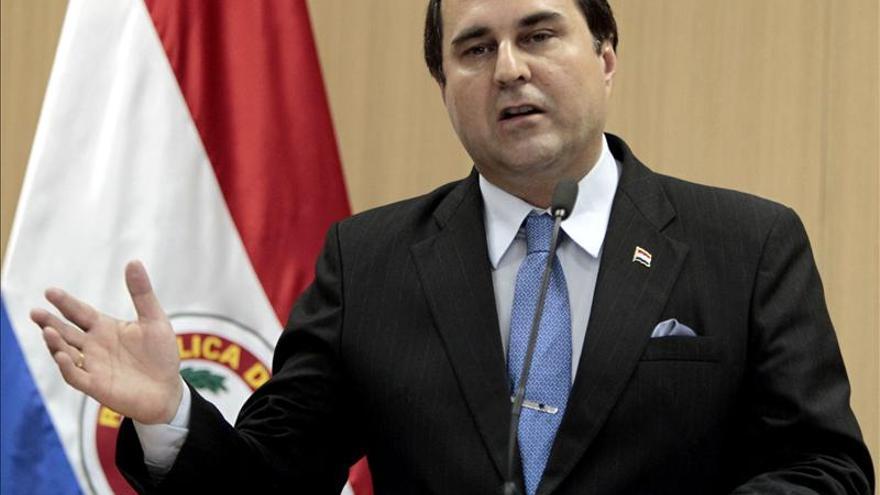 El Senado paraguayo pide que la OEA intervenga en Venezuela y apoya a los opositores