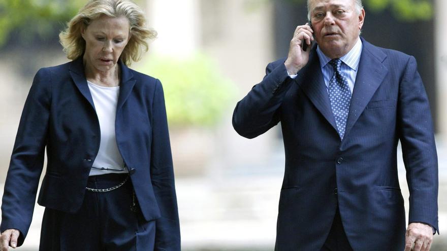 El multimillonario Juan Abelló junto a su esposa, Ana Isabel Gamazo Hohenlohe, en septiembre de 2014. EFE