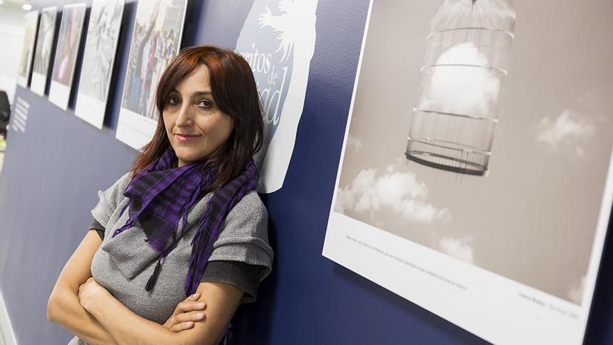 Helena Maleno, defensora de derechos humanos en la Frontera Sur y galardonada con el Premio Nacho de la Mata 2015.   Foto: Consejo General de la Abogacía Española.