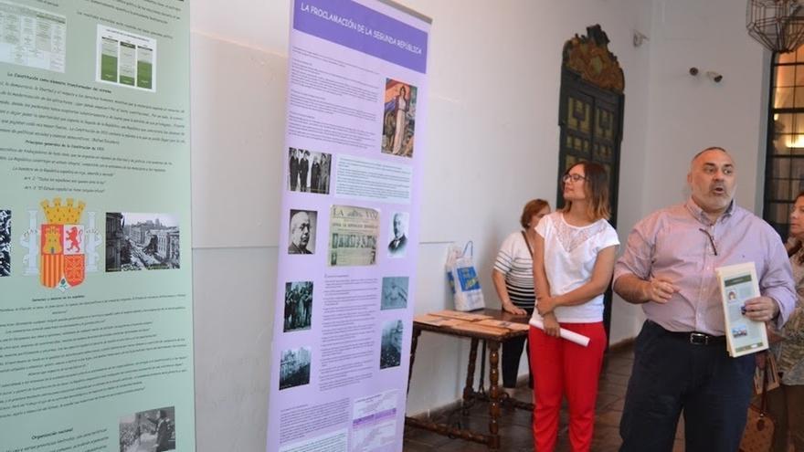 Diputación acoge una exposición sobre 'La Segunda República Española'