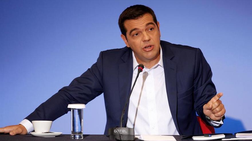 Tsipras celebra la flexibilidad propuesta por Juncker en Pacto de Estabilidad