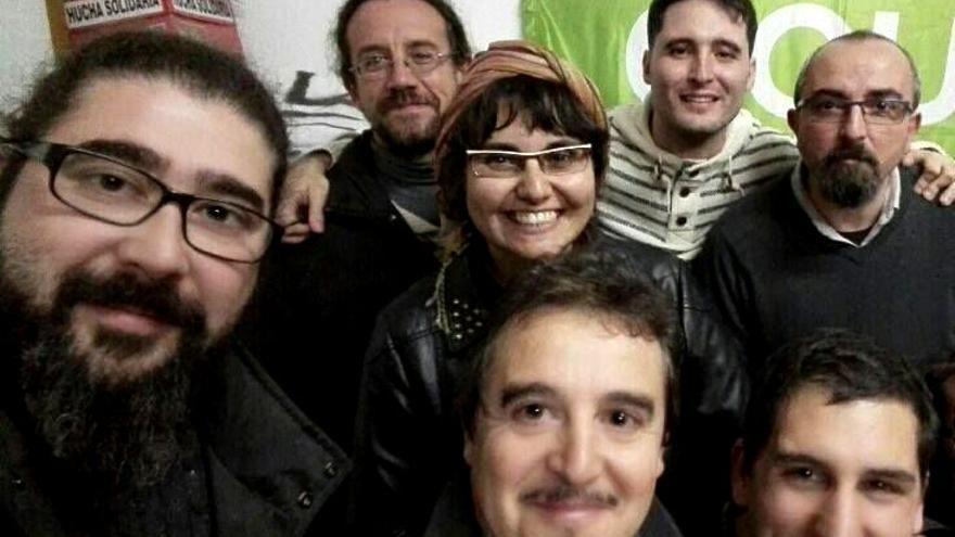 Foto de familia de algunas de las personas integrantes de Equo Extremadura