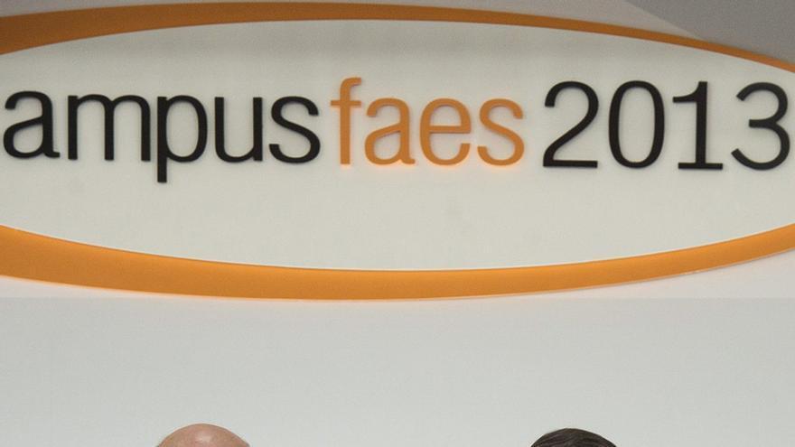 José Ignacio Wert y José María Aznar en el campus FAES 2013 / EFE