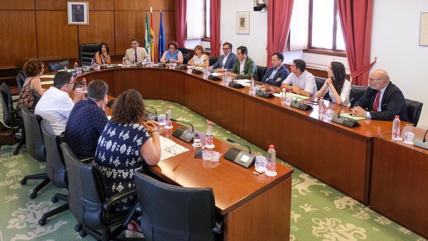 La Diputación Permanente tumba con el voto de PP, Cs y Vox las peticiones de comparecencia de cuatro consejeros