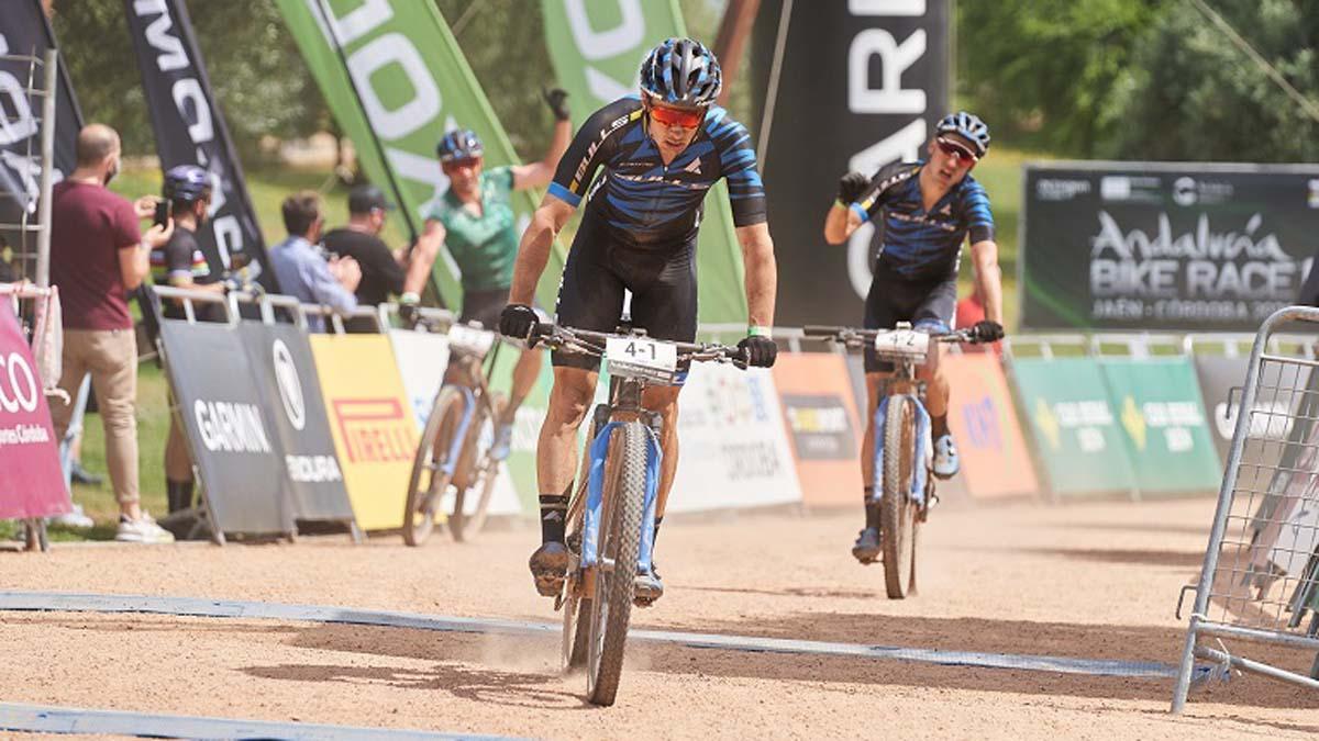 Final de la quinta etapa de la Andalucía Bike Race