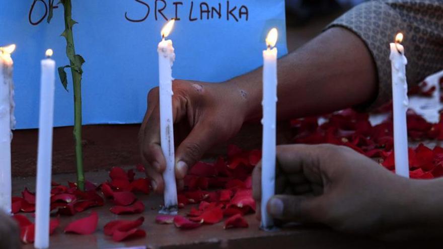 Llanto por las víctimas de Sri Lanka