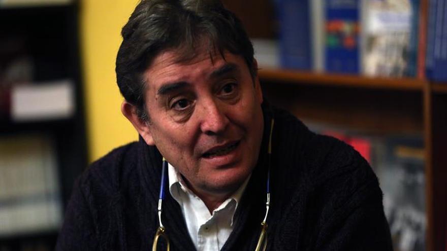 La poesía de Luis García Montero llega a Portugal traducida por primera vez