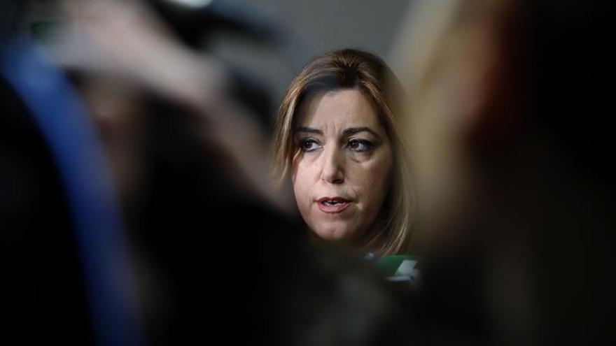 """Susana Díaz defiende la oposición """"útil"""" del PSOE frente al """"espectáculo"""" de Iglesias"""
