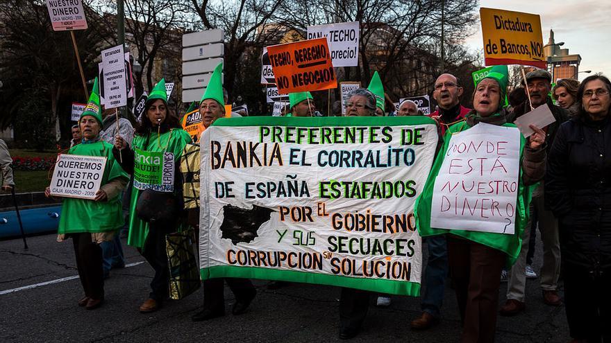 Afectados por las preferentes se manifiestan en Madrid